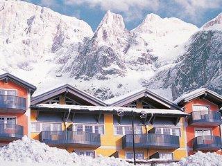 Apartmány Sporting & Relais Club - Dolomity - Itálie, San Martino di Castrozza - Lyžařské zájezdy - Summit Tour