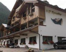 Hotel Tyrolia  - Malga Ciapela